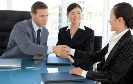 Tân á cung cấp dịch vụ phiên dịch đến khách hàng với các lĩnh vực khác nhau
