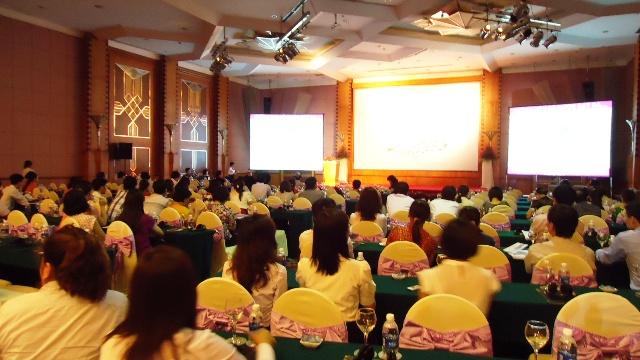 Tân Á phiên dịch Hội thảo, hội nghị